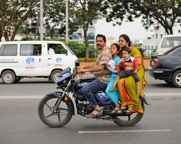 Family Ride on a Sunday along the Tank Bund Road (east shore of Hussain Sagar Lake) - Hyderabad, State of Andhra Pradesh, India - 26 July 2009