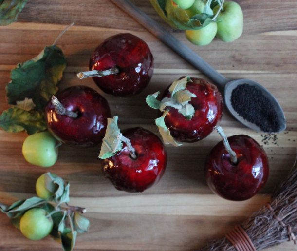 Spiced Black Tea Poison Apples | A Bit of Bees Knees